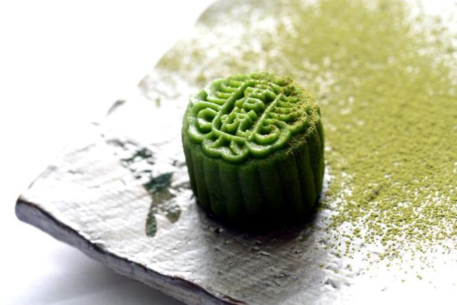 Green Tea Snowskin Mooncake with Sake Truffle
