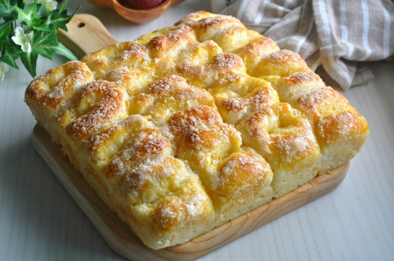 butter-sugar-pull-apart-bread_1