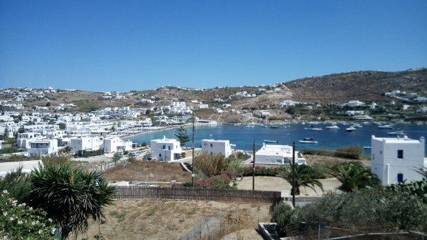 Ornos, Mykonos beaches @eatyourselfgreek