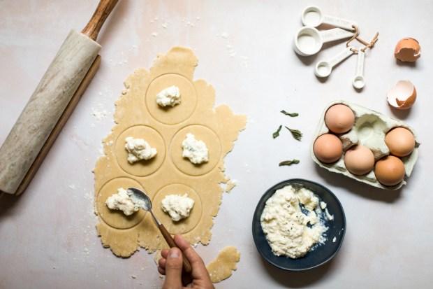 Cheese pasties with xynomizithra @eatyourselfgreek
