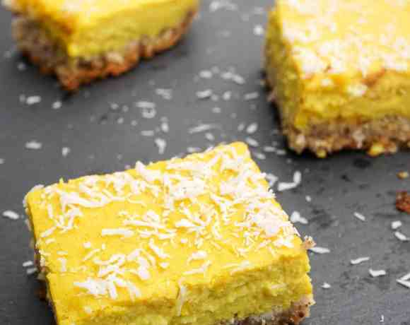 Healthy Paleo Lemon Bars