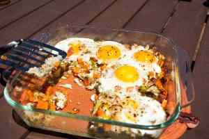 Baked hash: the perfect paleo make-ahead breakfast for the healthy lady on the go