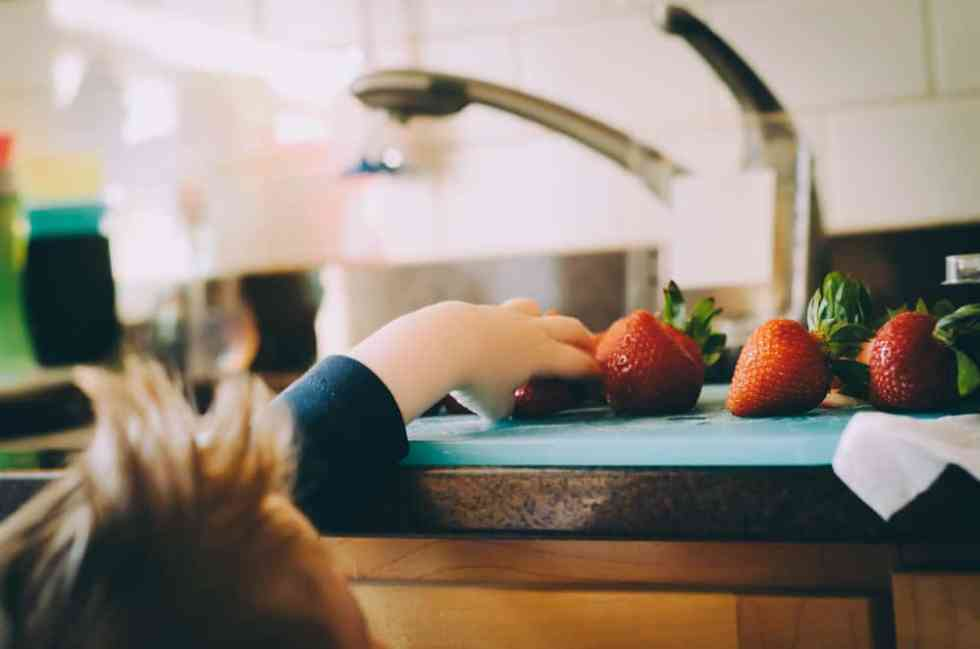 healthy releationships with food from a young age