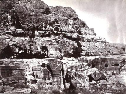 cite-de-petra-1868