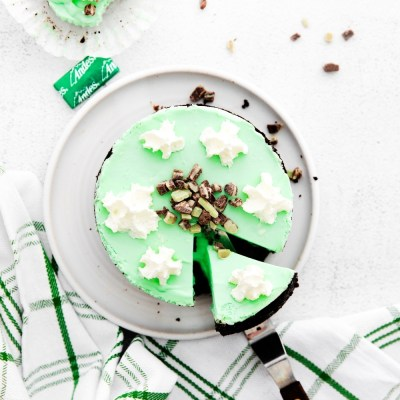 No Bake mint cheesecake with creme de menthe