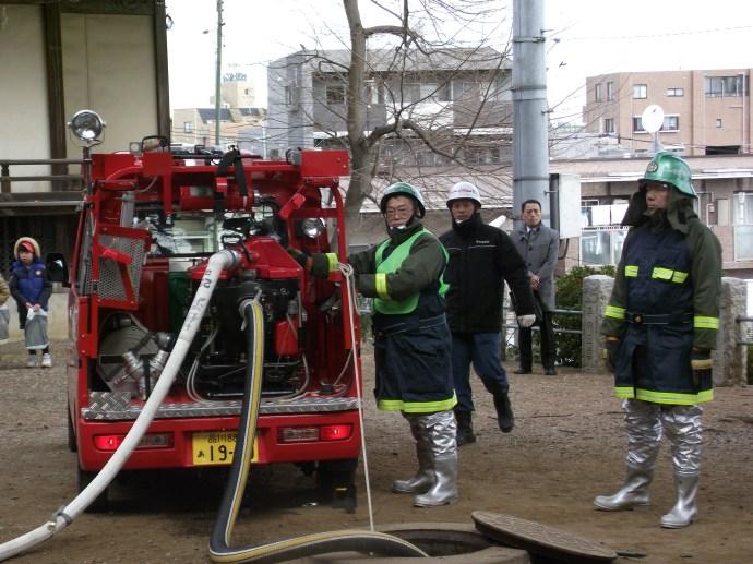 八幡神社消防演習 (14)