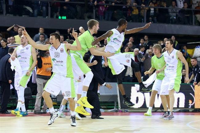 malaga-celebrates-team