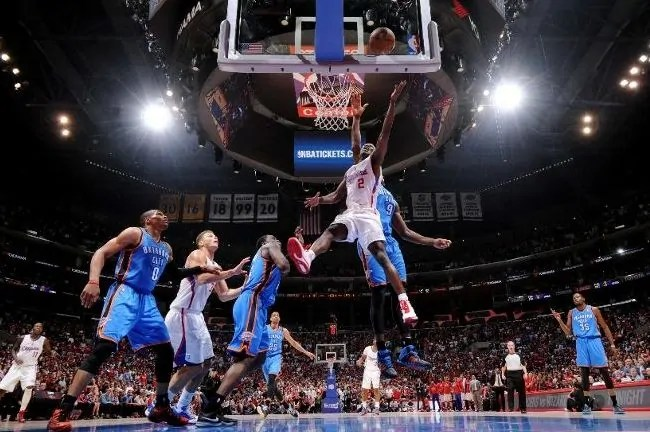 collison-clippers-thunder