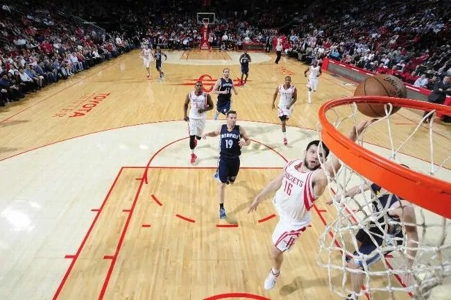 papanikolaou-rockets-grizzlies