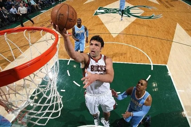 pachulia-bucks-nuggets