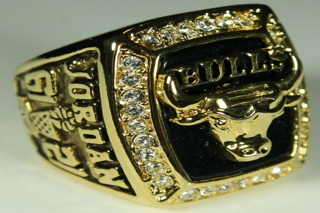 chicago-bulls-championship-ring-michael-jordan-1991
