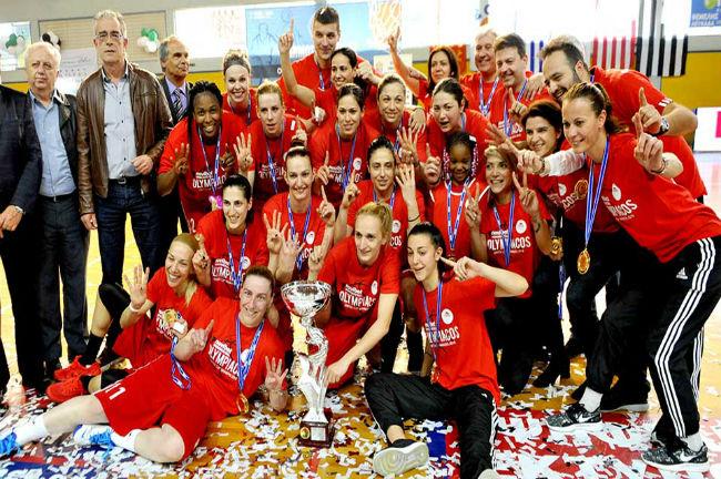 osfp-olympiacos-women-ginaikes-gynaikes-tropaio-kipello-elladas