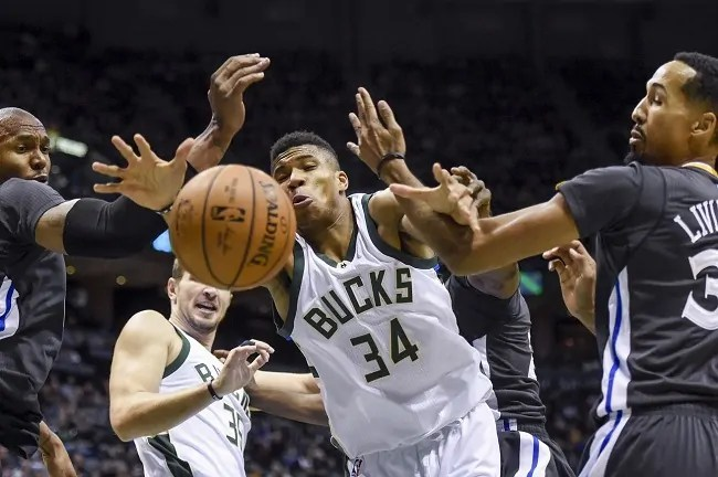 giannis-antetokounmpo-bucks-warriors
