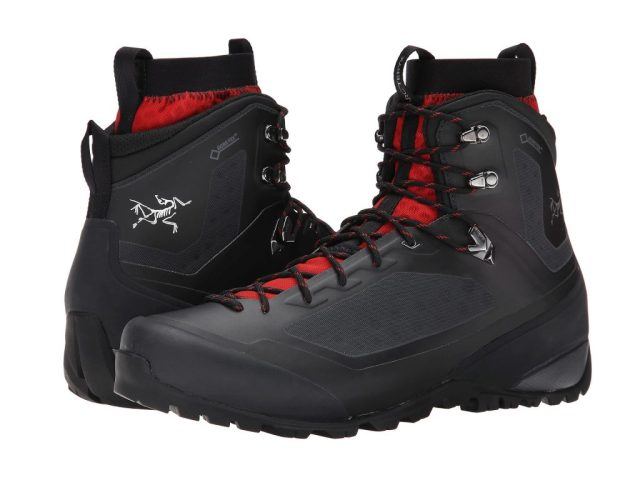 Best Hiking Boots 2017 -14 Best Hiking Boots For Men and Women