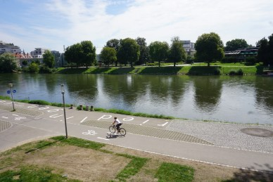 Ulm cycle path danube