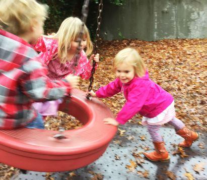 EBIP_teaching children outdoors_physical activity_peer mediated procedures_1