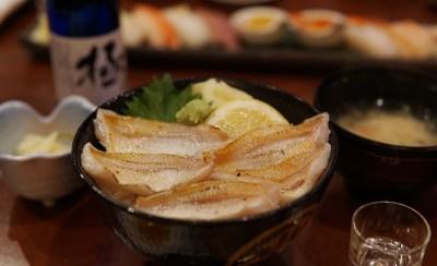 新潟 古町 丸伊でのど黒が敷き詰められた「炙りのど黒丼」を食べて来ました。
