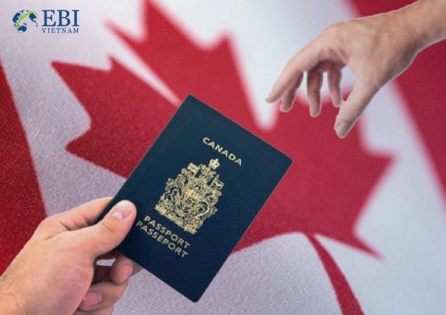 Xin visa để hoàn tất hồ sơ du học Canada