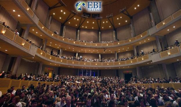 Lễ trao tặng học bổng tại Đại học British Columbia (Canada)