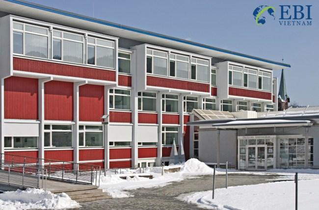 Đại học Furtwangen – Hochschule Furtwangen University