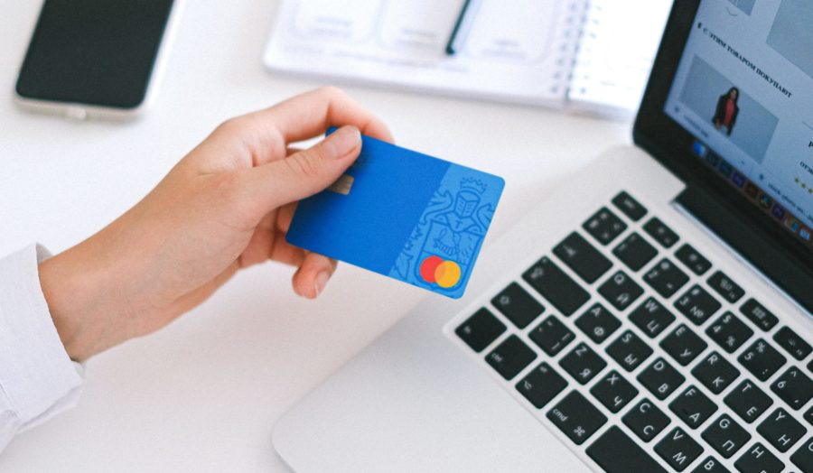 How to Keep Customers Shopping Again and Again: 9 Simple But Effective Tips