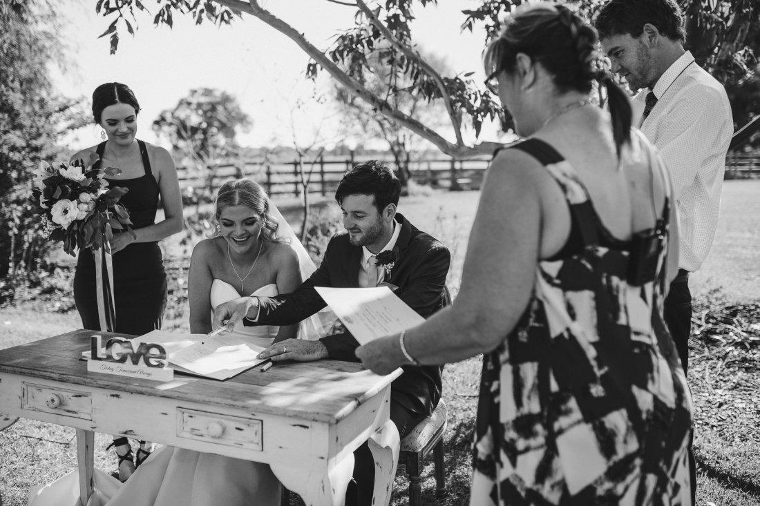 Perth Wedding Photographer | Ebony Blush Photography | Zoe Theiadore | K+T583