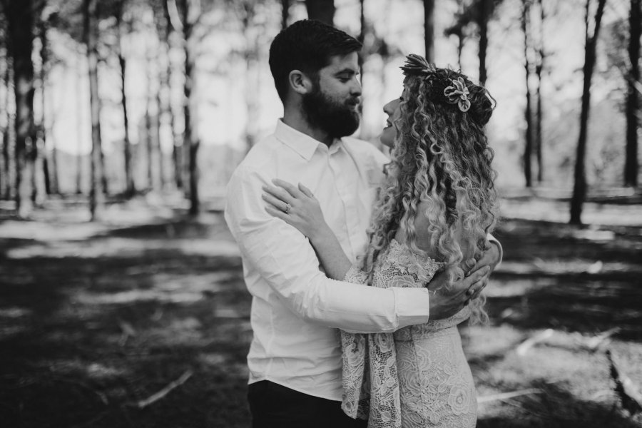 Sinéad + Shane | Pines Forrest Elopement | Ebony Blush Photography | Perth Wedding Photographer29