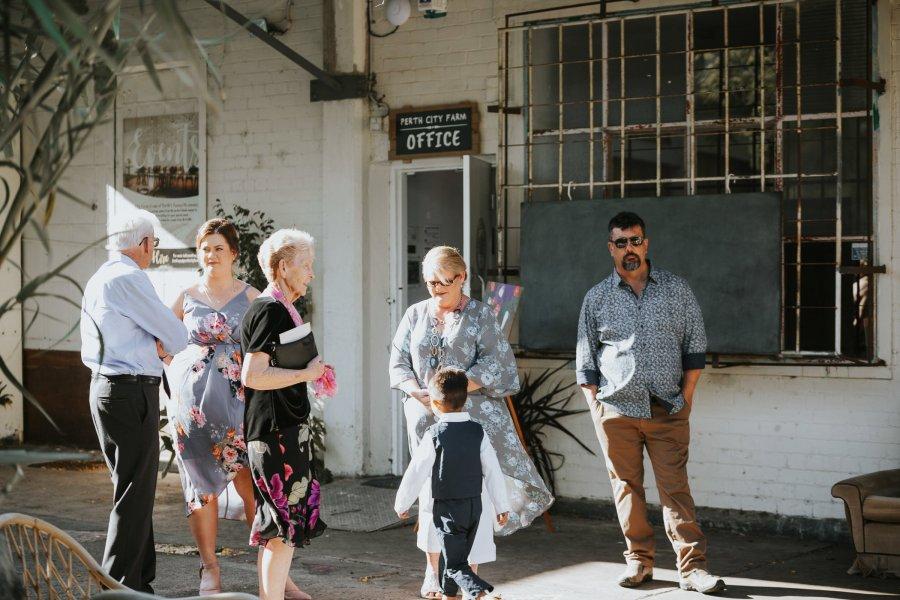 Ebony Blush Photography   Perth wedding Photographer   Perth City Farm Wedding   Imogen + Tristian26