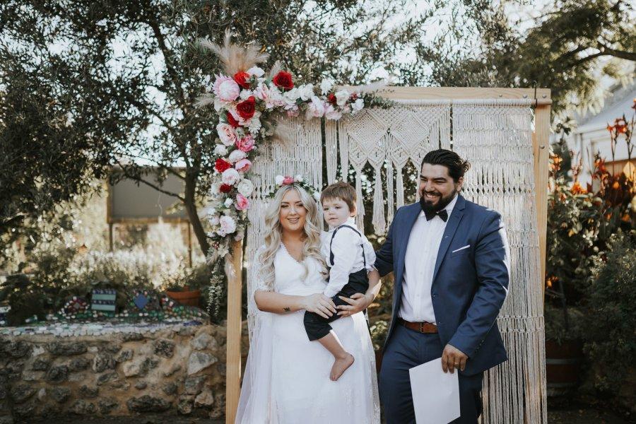 Ebony Blush Photography   Perth wedding Photographer   Perth City Farm Wedding   Imogen + Tristian76