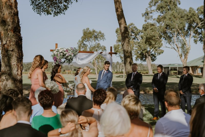 Oakover Wedding Photos | Ebony Blush Photography