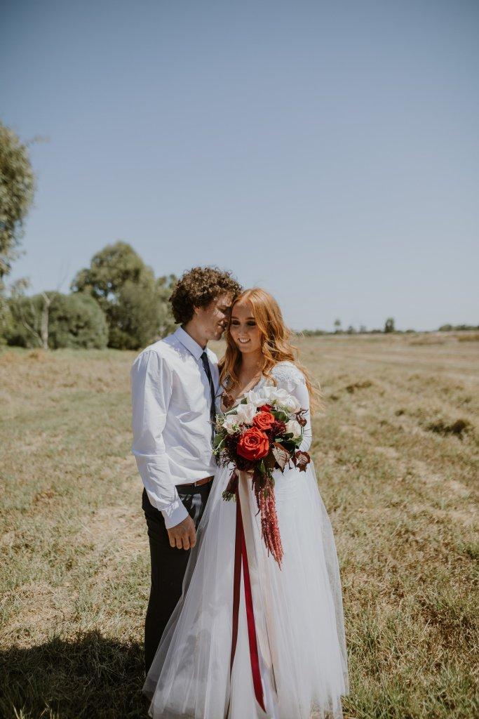 Baldivis Farm Stay Wedding Photos | Ebony Blush Photography | Perth Wedding Photographers