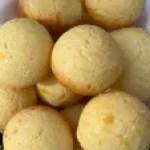 Brazilian Cheese Bread Aka cheesy poofs