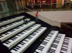 yaratıcılık-bir avm nin merdivenleri