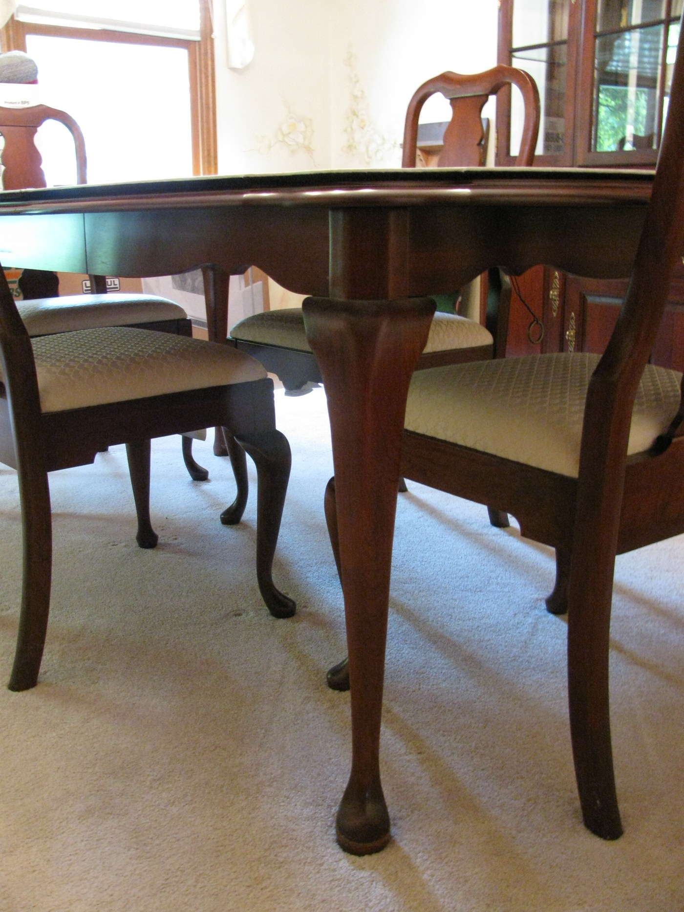 Queen Anne Style Dining Room Chairs