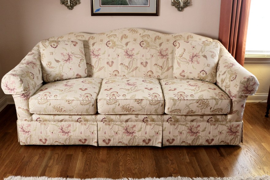 Elegant Ivory And Floral Sofa By Sherrill Furniture EBTH