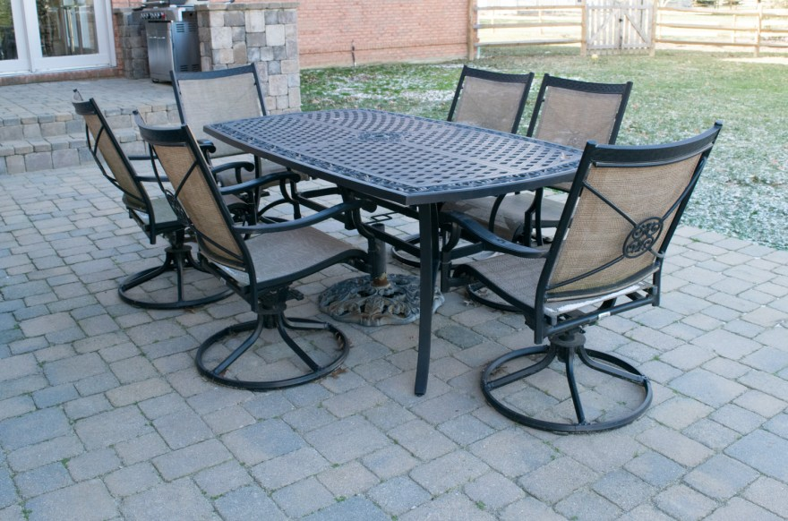 martha stewart patio table and chairs set