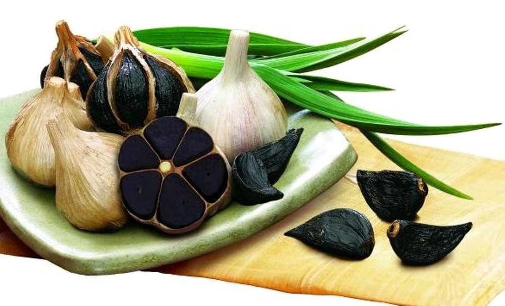 Properties And Benefits Of Black Garlic And How To Use It In Kitchen - ebuddynews