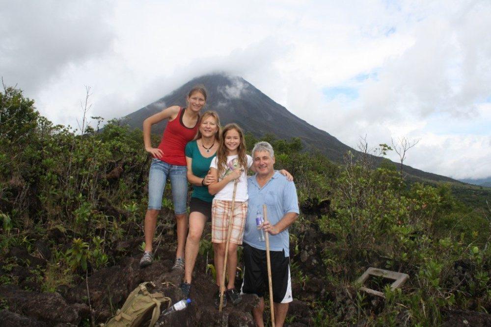 Amazing Health Benefits Of Hiking Once A Week - ebuddynews