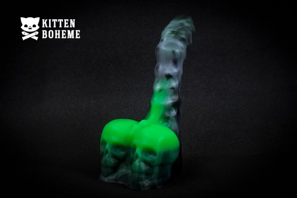 Uberrime Calaveras Skull and Spine Silicone Dildo Sex Toy Review by KittenBoheme.com