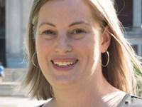 Headshot of Charlotte Wickham, statistics instructor at Oregon State University
