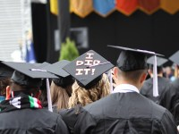 Students in the crowd at the Oregon State University commencement ceremony