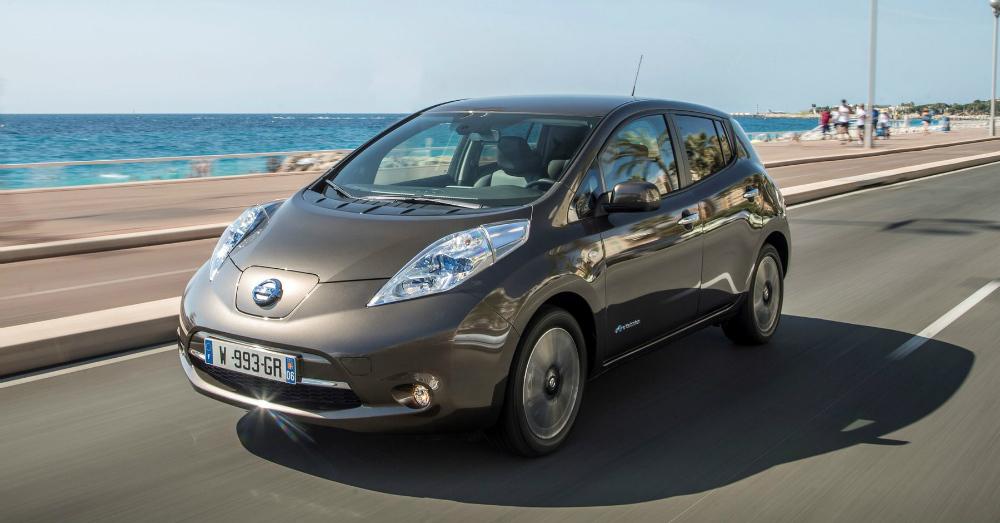 01.12.16 - 2016 Nissan LEAF