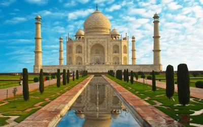 See the Taj Mahal at Night