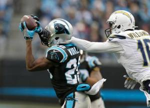 chargers-panthers-football