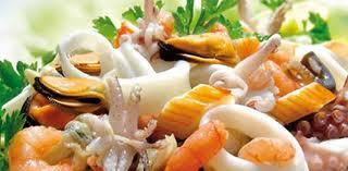 insalata-con-bastoncini-di-granchio