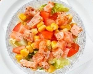 insalata con salmone