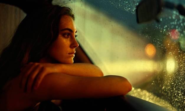 Perché la donna si sente infelice? Cosa fare