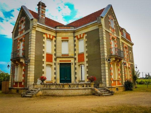 Chateau Cantenac - Saint Emilion Grand Cru