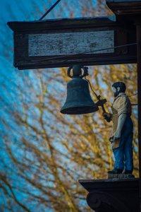 Abinger hammer bell and Jack