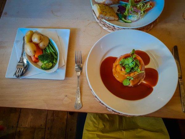 steak and kidney pie - the star inn rusper